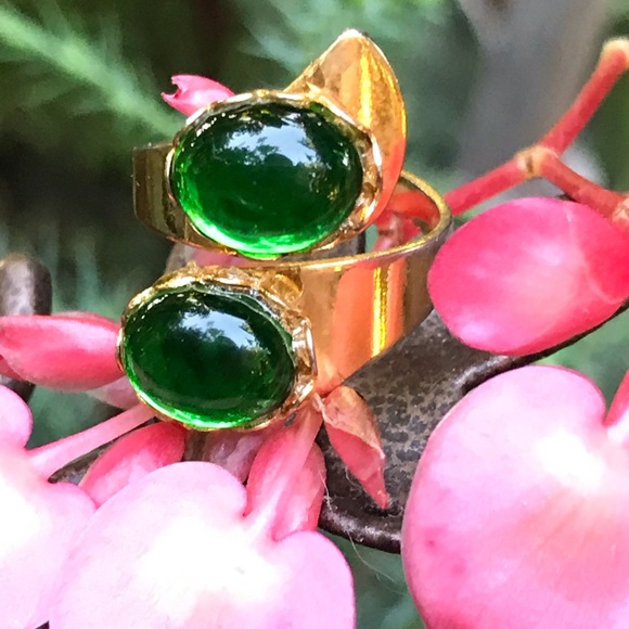 Jewelry - Emerald Glass Stones Gold Tone Adjustable Ring